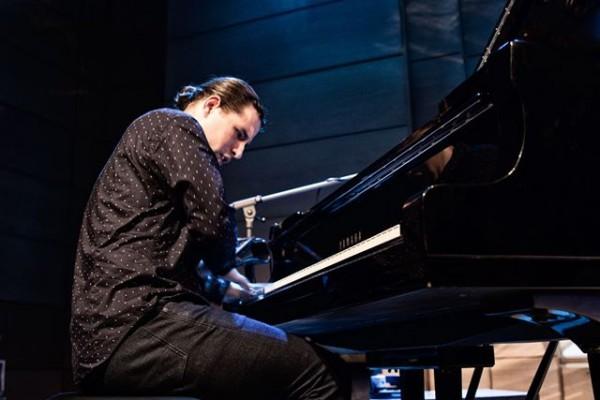 2016-jazzkrakow-alfredorodriguez-01