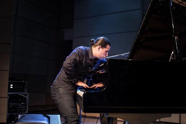 2016-jazzkrakow-alfredorodriguez-37