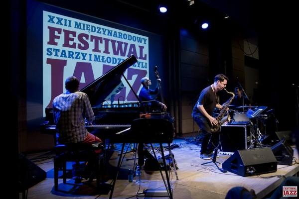2016-jazzkrakow-antoniosanchez-19