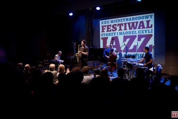 2016-jazzkrakow-antoniosanchez-26