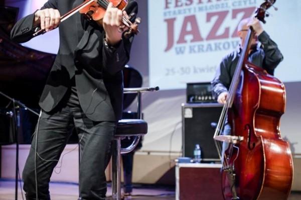 2017-jazzkrakow-adam-baldych-helge-lien-06