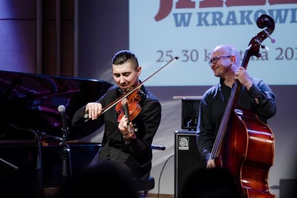 2017-jazzkrakow-adam-baldych-helge-lien-07