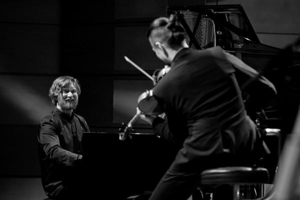 2017-jazzkrakow-adam-baldych-helge-lien-14